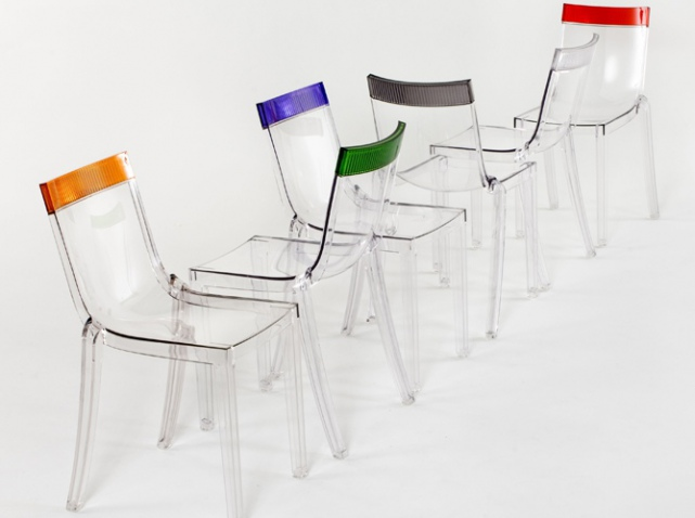 Les assises organiques de kartell creation template - Chaise de cuisine transparente ...